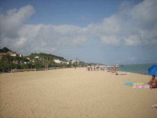 Dynamic Hotels: la spiaggia di Caldes d'Estrac
