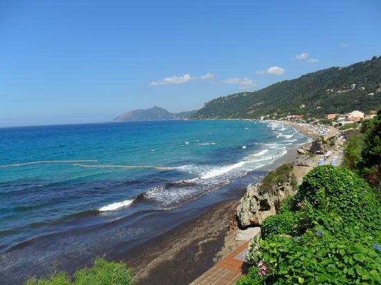 Mayor La Grotta Verde Grand Resort: view from the ground floor bar