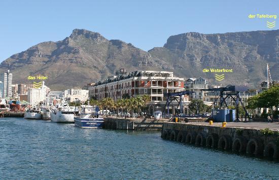 Southern Sun Waterfront Cape Town: die Lage des Hotels in Capetown mit der Waterfront im Vordergrund rechts