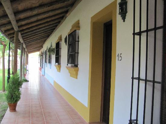 "Pequeno Rocio: doors to ""rooms"""
