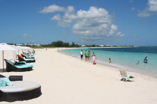 Gansevoort Turks + Caicos : Beach when hotel is at 80% capacity