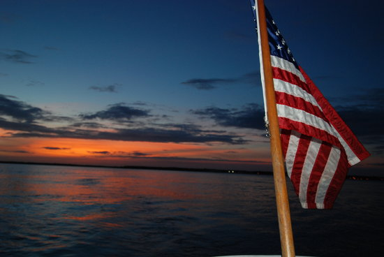 Solomon T Harbor Tours: Cape Fear at Sunset