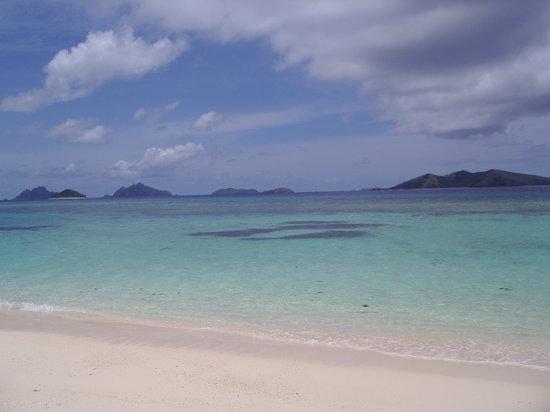 Mana Island, Fiji: コメントを入力してください (必須)