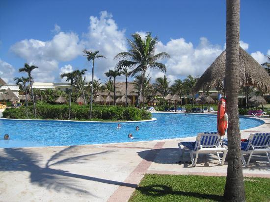 Grand Bahia Principe Tulum: Tulum pool