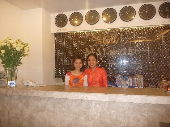 Mai Hotel : Ms Huong et Ms Linh