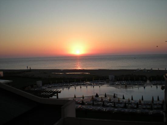 Hotel Riu Helios Bay: Sunrise when we arrived