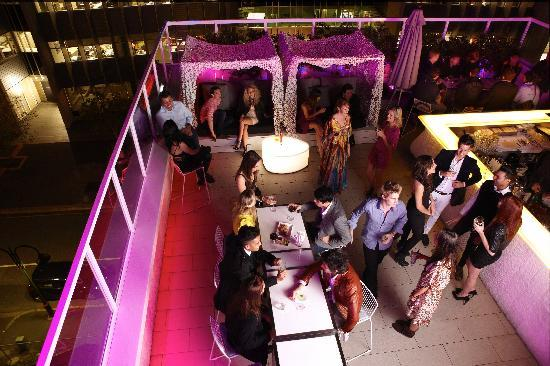Limes Hotel Brisbane: Roof Top Bar