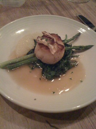 Smyth In The Iron Horse Hotel : Scallops (Sample portion)