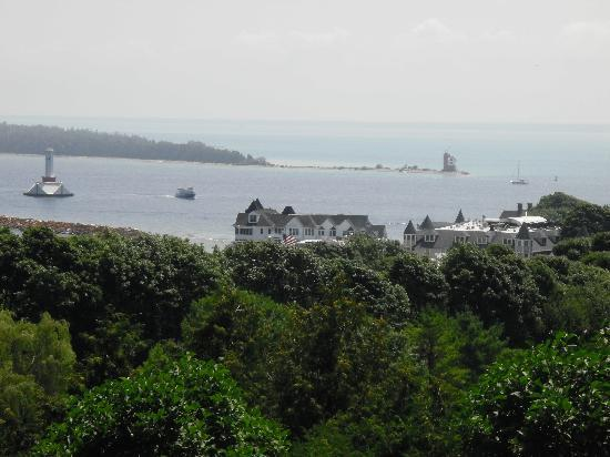 Lilac House Bed and Breakfast: Mackinac Island