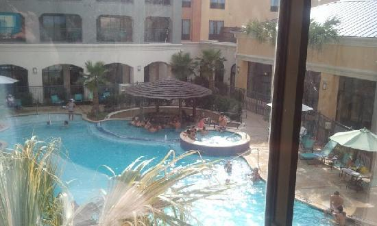 Courtyard San Antonio SeaWorldR/Westover Hills: Pool View with the Hot Tub and Bar