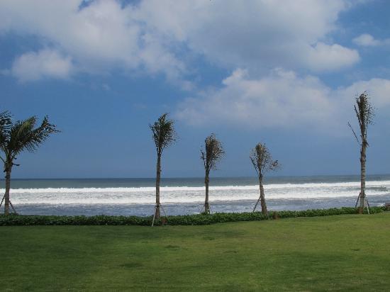 Soori Bali: La plage devant chaque villa