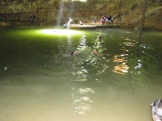 Solymar Cancun Beach Resort: Swimming in a 'cenote'