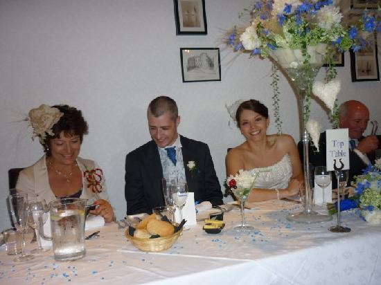 Sychnant Pass Country House: Top Table
