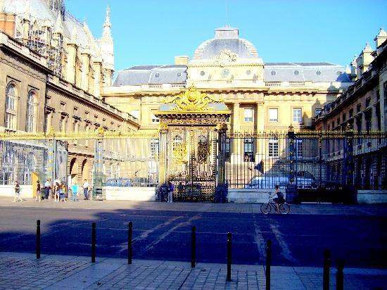 Paris, France: Por ahi entraba el Inspector Clouseau