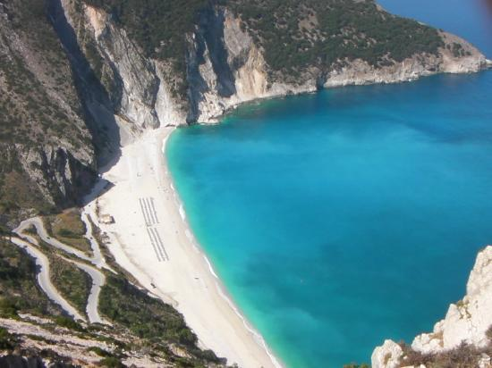 San Lorenzo Village: myrtos beach,well worth a trip  for the day