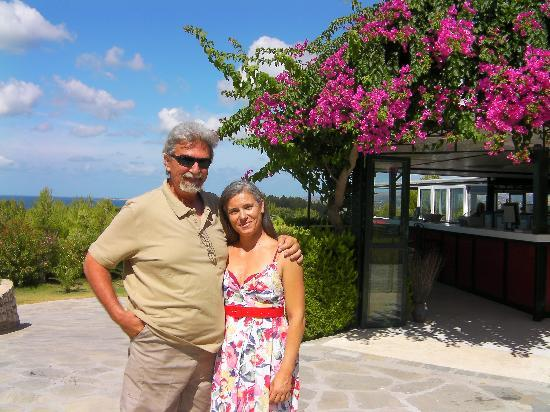 San Lorenzo Village: the fabulous owners panos and hara