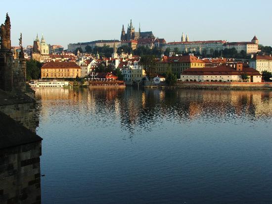 Smetana Hotel : View from the Charles Bridge at sunrise