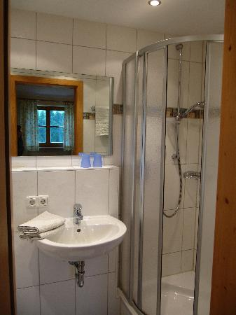 Friedwiese Guesthouse: Bathroom