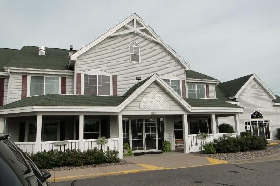 Country Inn & Suites By Carlson, Chippewa Falls: Front of hotel
