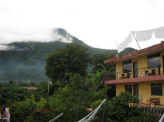 San Pedro La Laguna, Guatemala: Hotel Sackari and San Pedro Volcano