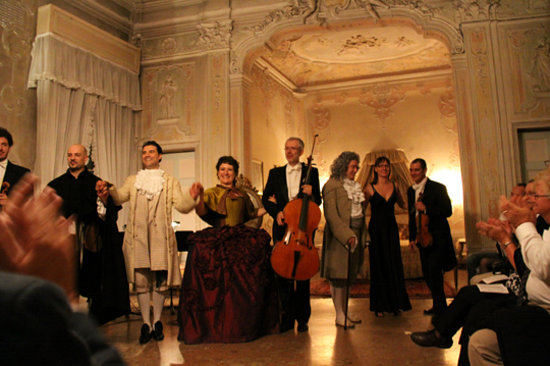 Musica A Palazzo : Barber of Seville Finale.