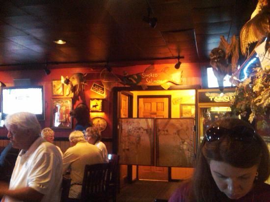 The Side Door Saloon: Fun decor