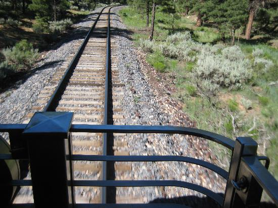 Grand Canyon Railway: Watching the World Go By