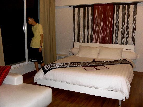 Villareal Heights: Executive Suite for us!!