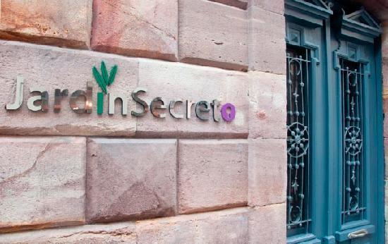 Jardin Secreto: Entrada