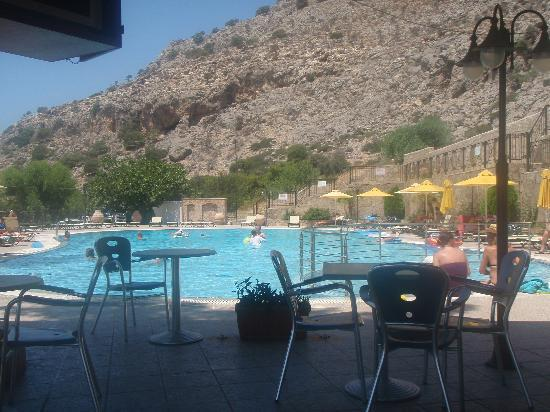 Marianthi Studios & Apartments: The pool from the pool bar
