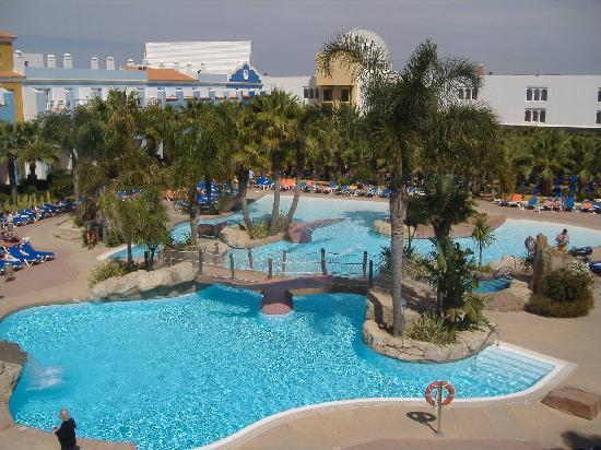 Piscina fotograf a de playaballena spa hotel rota for Piscina la ballena tenerife