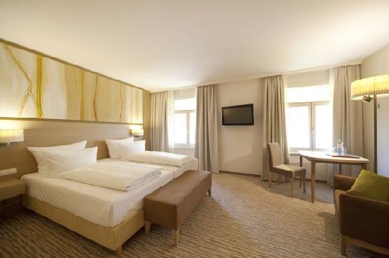 SENTIDO Seehotel am Kaiserstrand: Beispiel Zimmereinrichtung