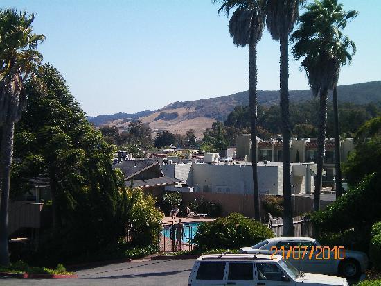 Vagabond Inn San Luis Obispo: Vagabond INN - Blick auf den Pool