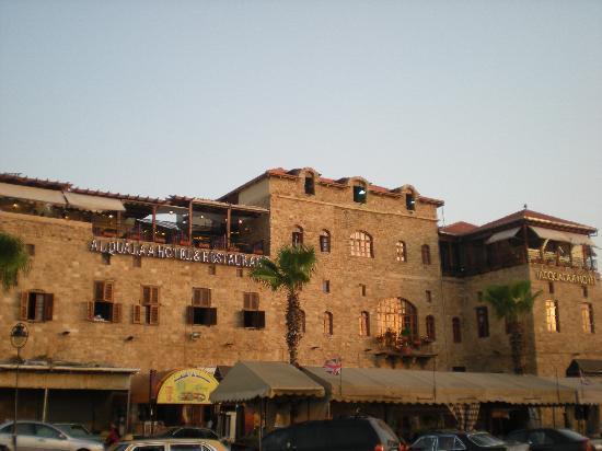 Al Qualaa Hotel: L'hôtel au coucher de soleil