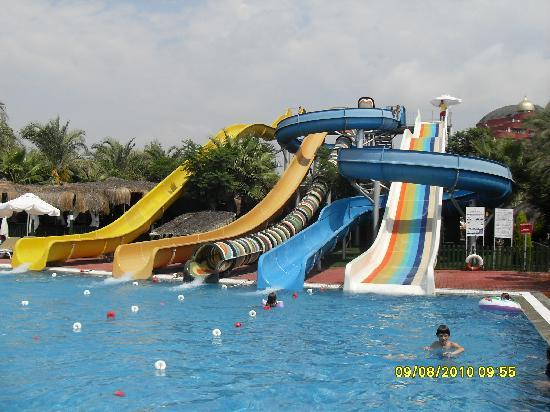 Delphin Palace Hotel: The water slides