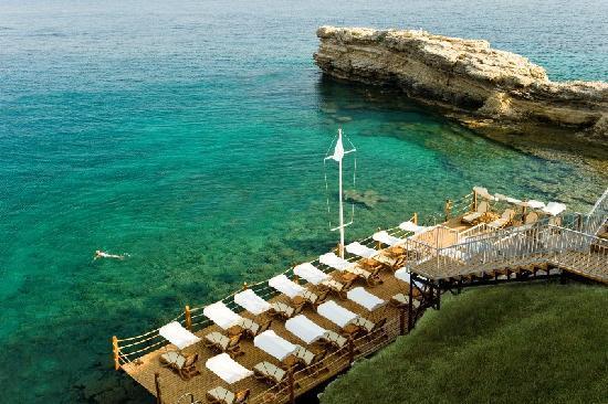Xanadu Island Hotel : deck