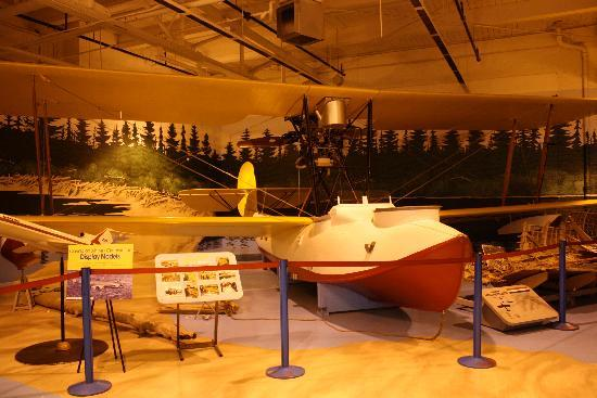 Royal Aviation Museum of Western Canada: Vickers bush plane replica