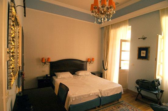 Aetoma Hotel: Superior-Zimmer mit Balkon