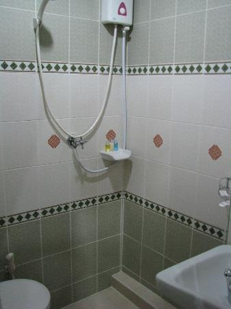 Be My Guest Bed and Breakfast: Bathroom