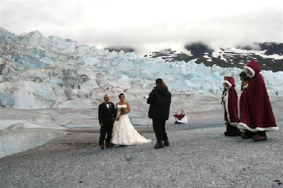 Pearson's Pond Luxury Inn and Adventure Spa: Our Glacier Wedding