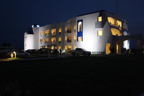 Thunderbird Resorts & Casinos - Poro Point: Night shot