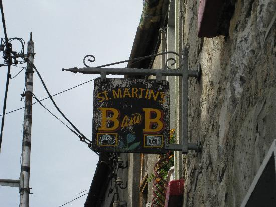 St. Martin's Bed and Breakfast: Entrance sign