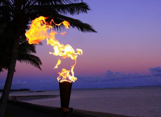 Fiji Hideaway Resort & Spa: Nightfall @ Hideaway