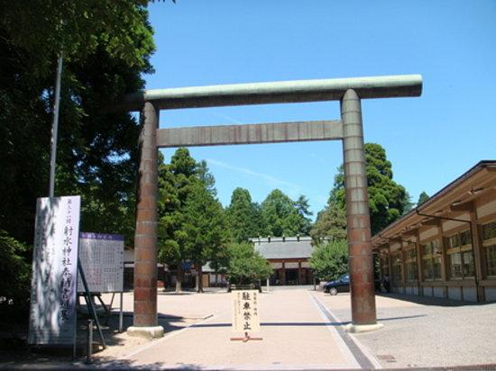 Takaoka Castle Remains : 射水神社