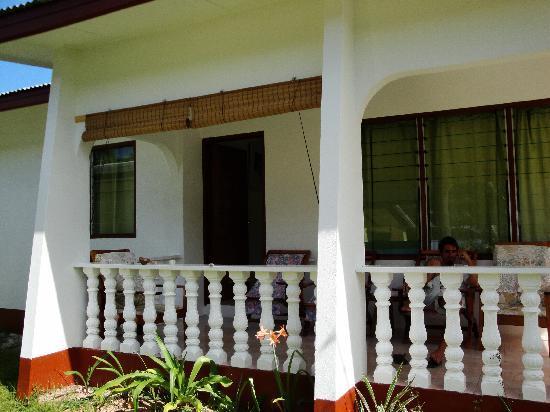 Pension Hibiscus: veranda esterna