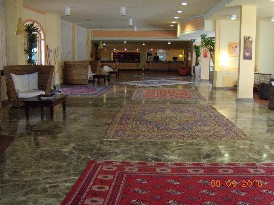 Golf Hotel Punta Ala : la hall