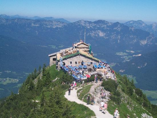 Pension Berganemone: Overlook of Kehlsteinhaus