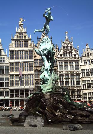Antwerp, Belgium: Amberes, Plaza Mayor