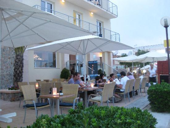 Vent I Mar Apartments: Vent-i-Mar relaxing restaurant