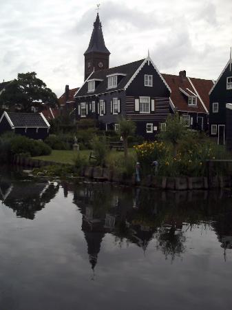 Iglesia de Marken